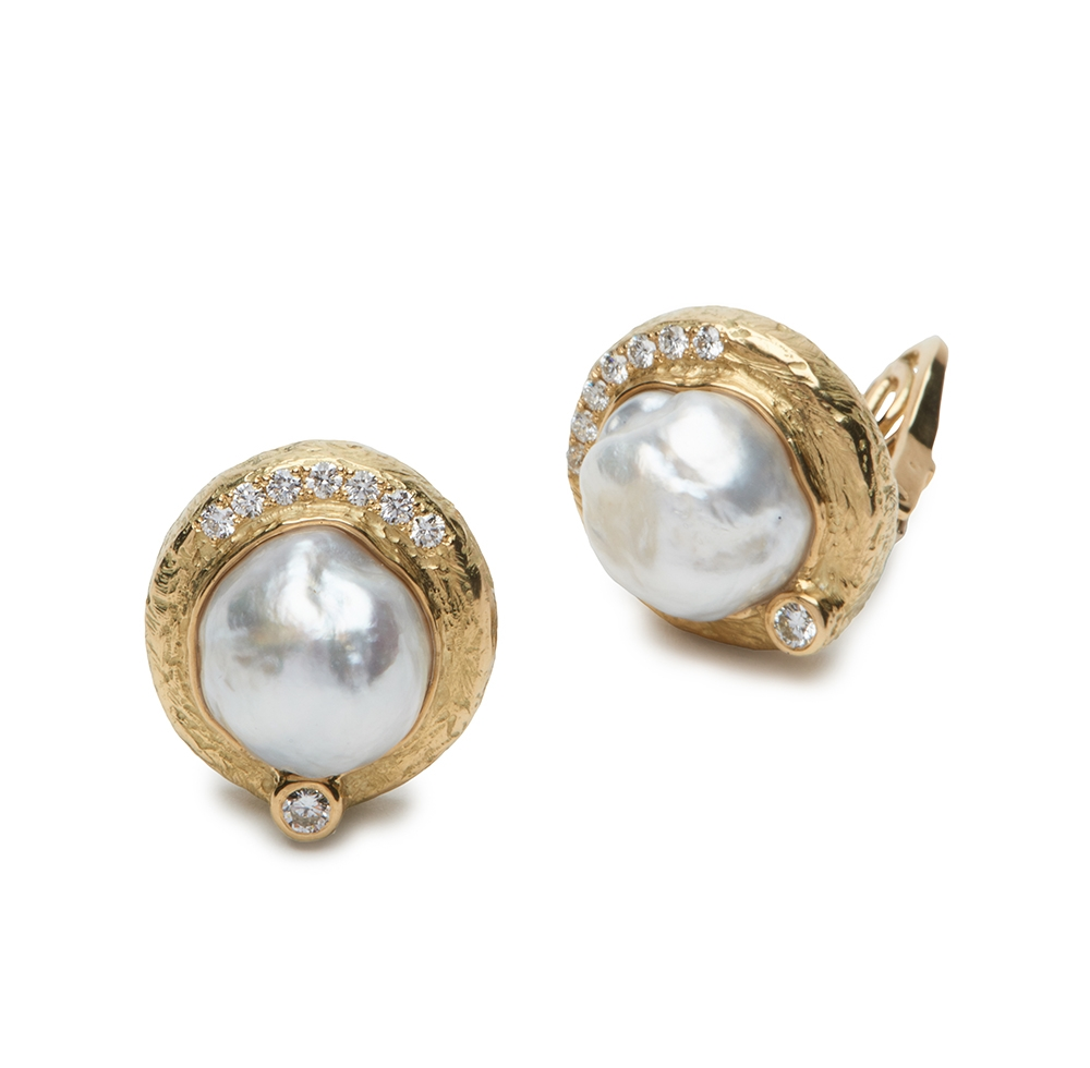 Pearl and Diamond Earrings E-1507-12898_18k_yg_cfw_Pearl_and_Diamond_Earrings.jpg