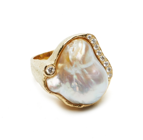 White Baroque South Sea Pearl & Diamond Ring