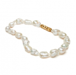 Freshwater Pearl Necklace with Mimi Clasp