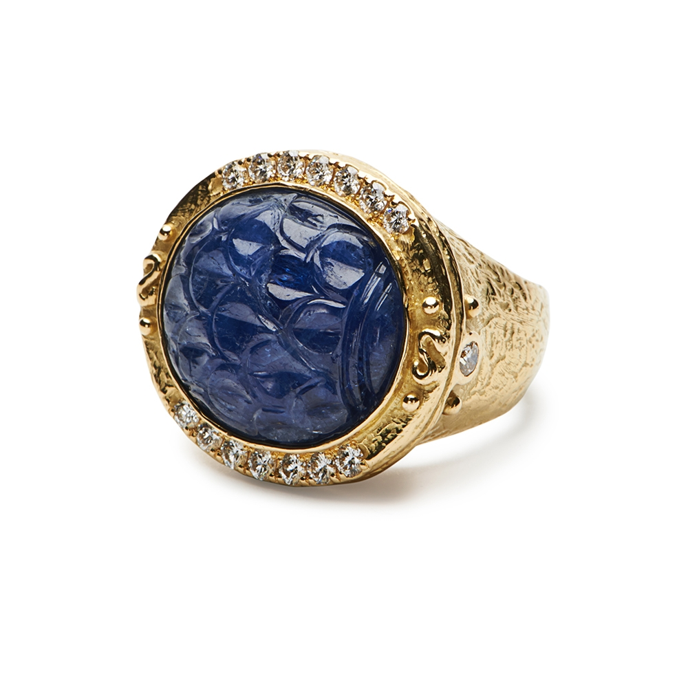 Carved Sapphire & Diamond Ring No._15_of_78_resized_.jpg